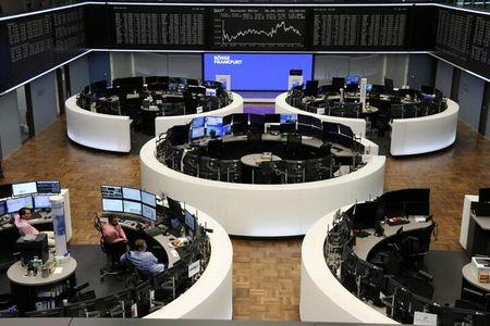 Stocks Marginally Higher as Gold, Oil Declines Spook Sentiment
