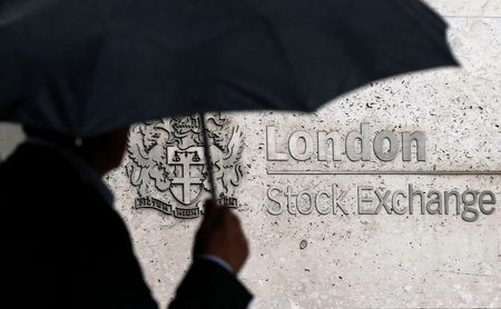 Financial Stocks Drag FTSE 100 Lower; DS Smith Outperforms