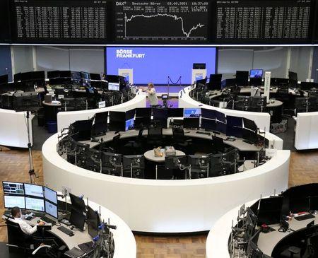 European Stocks Slide Ahead of ECB Meeting, EasyJet Tumbles