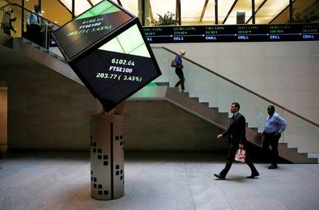 Mining, Healthcare Stocks Boost FTSE 100 as Economy Strengthens