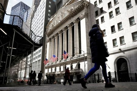 Nasdaq Ekes Out Record Finish as Wall St Ends Higher