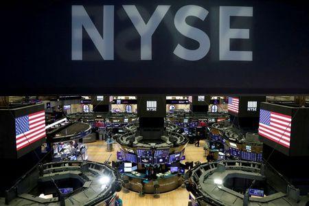S&P 500 Ends Down, Big Tech lifts Nasdaq to Record