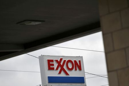 Exxon Scrambles to Stave Off Dissidents as Board Fight Nears Climax