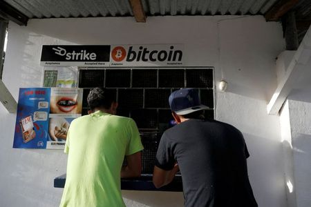 People use Bitcoin in El Zonte Beach in