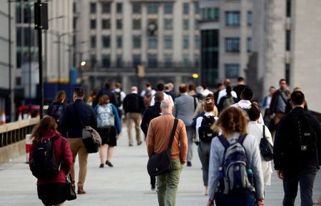UK Economy Grew More than Thought at End of Miserable 2020