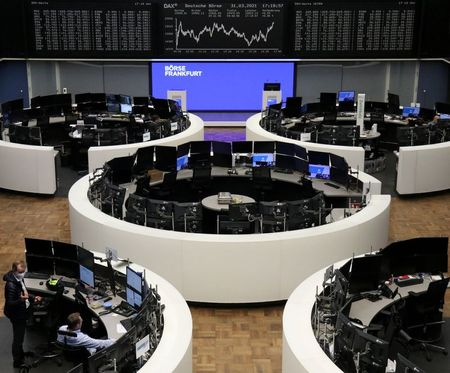European Stocks Enter New Quarter with Small Gains, Chipmakers Rally