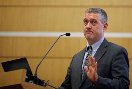 Fed's Bullard Looks to a Bond-Buying Taper Not on 'Automatic Pilot'