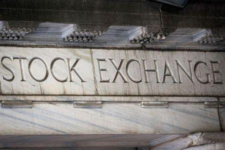 Fachada da Bolsa de Valores de Nova York, em Wall