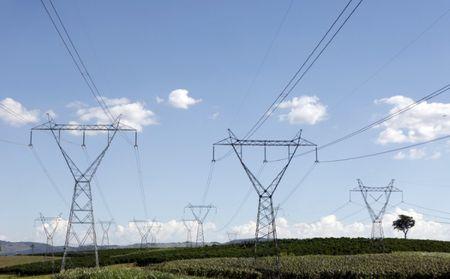 Linhas de transmissão de energia em Santo Antônio do Jardim