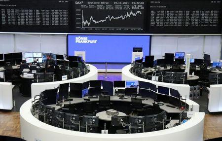 Alívio sobre Evergrande e balanços impulsionam ações europeias