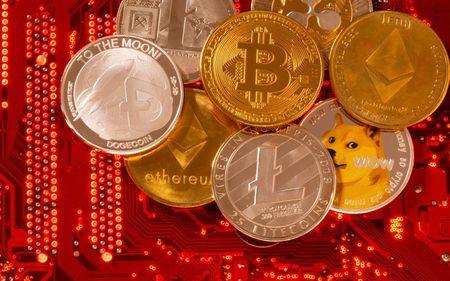 Em mais um dia de alta, Bitcoin e Ethereum alcançam o primeiro alvo.