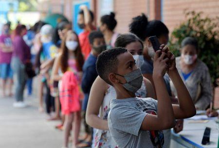 Justiça Suspende Vacinação de Estudantes em Betim, Prefeitura Diz que Recorrerá