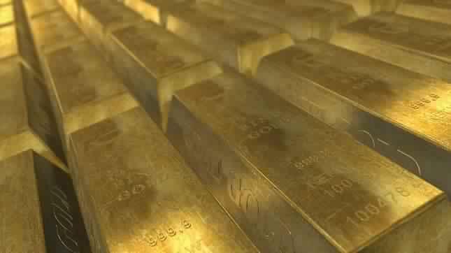 اسعار الذهب تصل الى 1500 دولار حيث يبحث المستثمرون عن الأصول الآمنة.