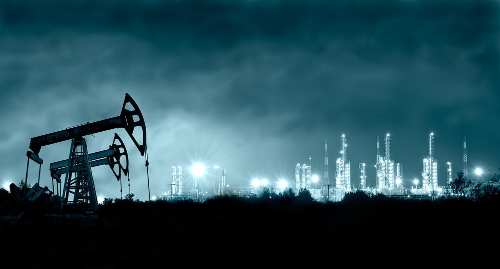واردات النفط السعودية إلى الصين تزيد 2% والروسية تنخفض 18% في سبتمبر