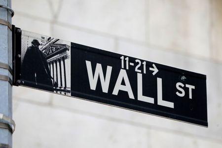 الأسهم الأمريكية تتراجع بعد نتائج مخيبة للآمال من أمازون