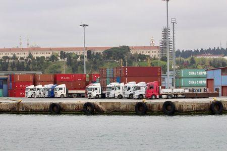 انكماش العجز التجاري لتركيا 32.4% في أغسطس