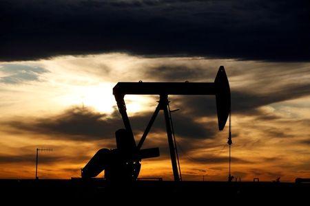 أسعار النفط في ظل البيانات الإقتصادية الصادرة من الإقتصاد الأمريكي